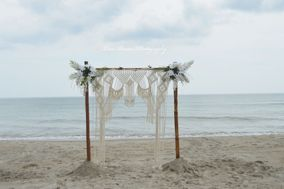 Love Pocean Weddings & Photography