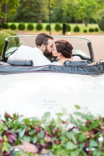 boxwoodestatencweddingphotographyfall weddingphoto