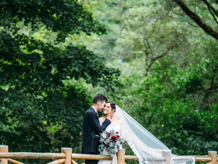 Tmx Lewicki Wedding Bride And Groom Portraits 0052 51 917466 Manchester, VT wedding venue