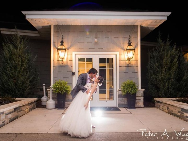 Tmx Rhea And Ben Outside 51 757466 158888359199794 Fond Du Lac, Wisconsin wedding venue