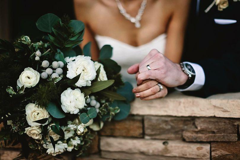 05e13194714e555c 1516251505 94b3fc0f0741008f 1516251488217 17 wedding flowers b