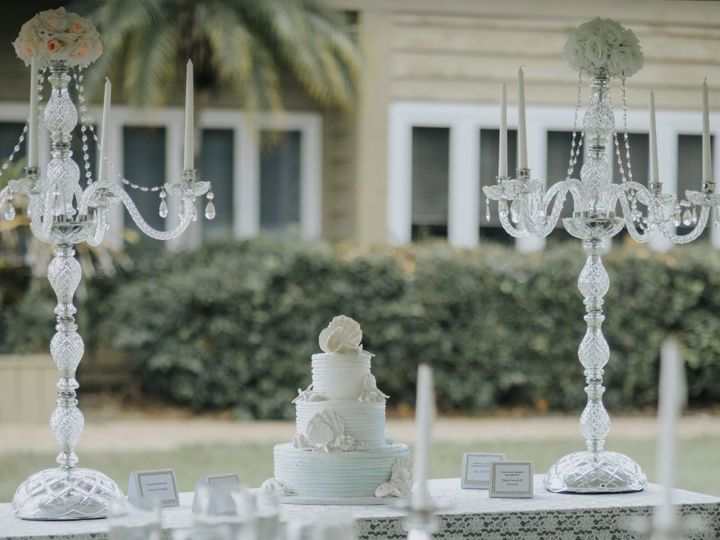 Tmx 1536159475 D4f9824f254638cd 1536159474 31b5b710771e9d2f 1536159471152 1 Fullsizeoutput 535 Tampa, FL wedding planner