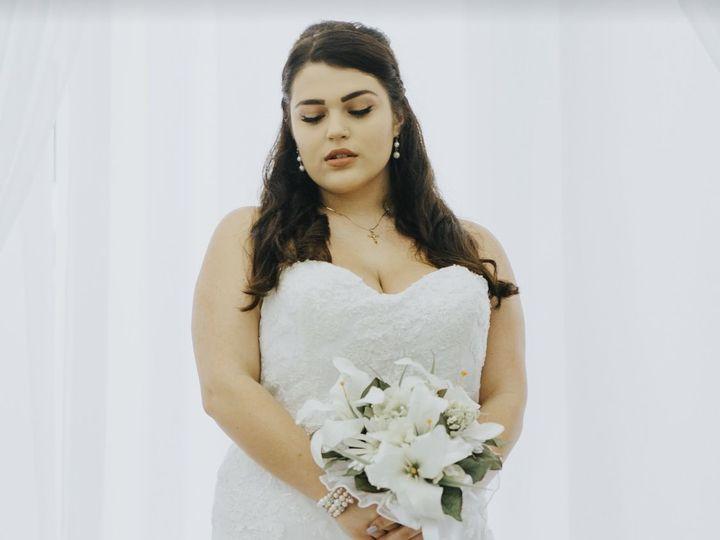 Tmx 1536159516 49941888efda3360 1536159515 C09a43d210e70403 1536159513100 4 Fullsizeoutput 521 Tampa, FL wedding planner