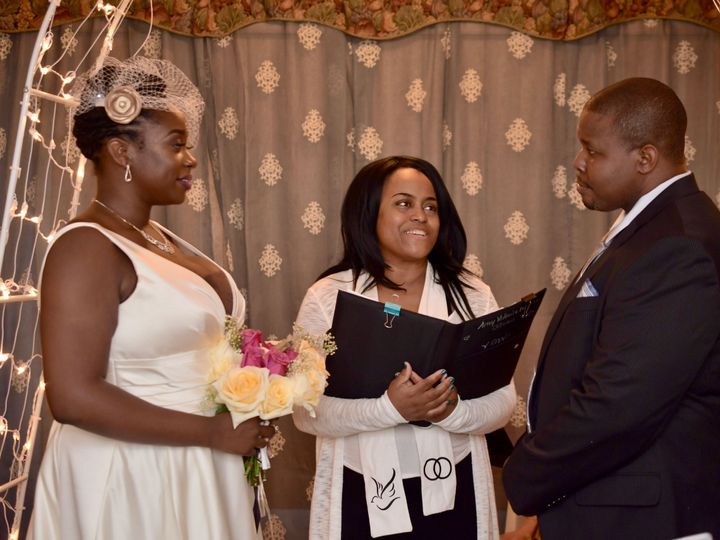 Tmx 1532783167 B8a78ad3c63edcad 1532783162 2bf02a02eb8f66de 1532783158227 7 IMG 2360 Staten Island, New York wedding officiant