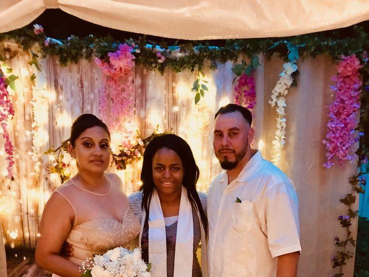 Tmx 1533989141 Dbe069ceef12fec0 1533989135 67b8d0c4a95c3a73 1533989130561 8 IMG 2455 Staten Island, New York wedding officiant