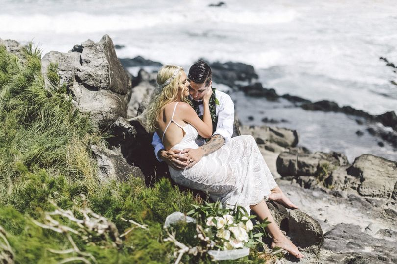 db5dd1390b053f05 1465420685361 maui hawaii photographer wedding inspiration39