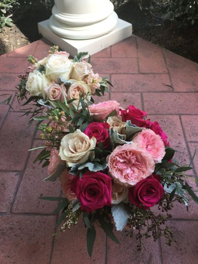Gorgeous garden roses for the Bride in bolder shades.