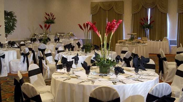 Tmx 1491337046184 Giballroom13698x390fittoboxsmalldimensioncenter Johnston, Iowa wedding venue