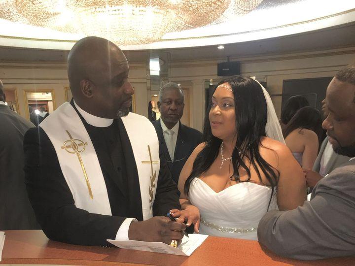 Tmx 1519089640 F1c96de5d9137f66 1519089638 Ad45e09a9934dea1 1519089635131 5 IMG 0626 Bronx, NY wedding officiant