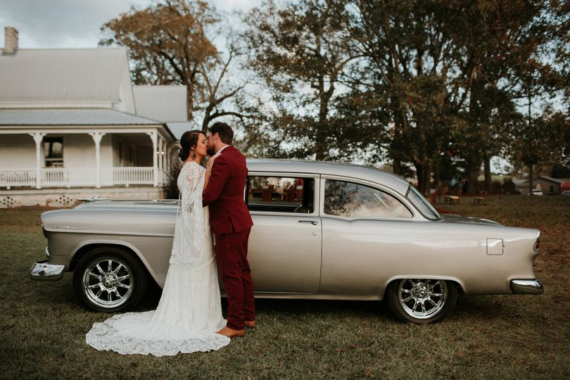 Vintage car elopement
