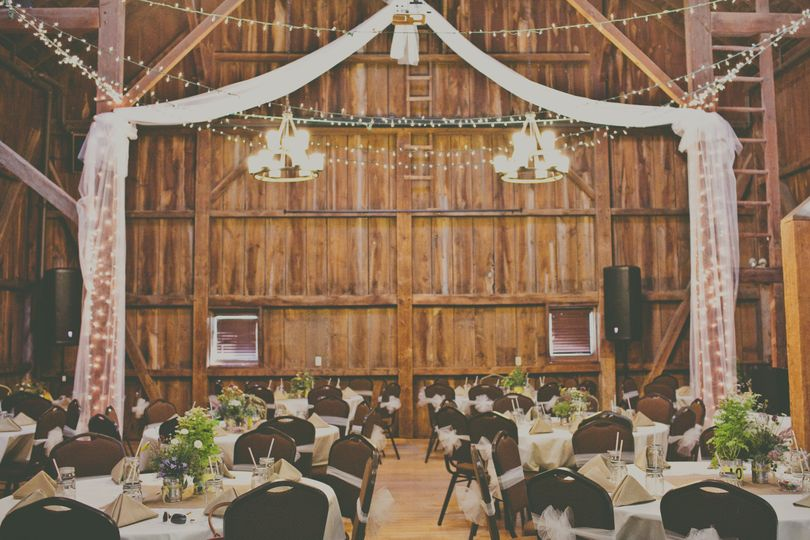 Hoosier Grove Barn Reviews Amp Ratings Wedding Ceremony Amp Reception Venue Illinois