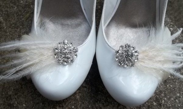 Feathered bridal shoe clips with rhinestones, french netting