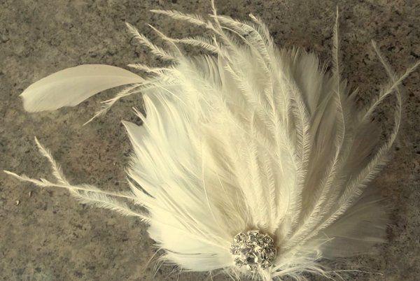 """""""Sheyenne"""" feather bridal fascinator hair clip"""
