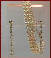 Anna Pearl & Crystal Weave Bracelet & Earrings   SKU: BOS82