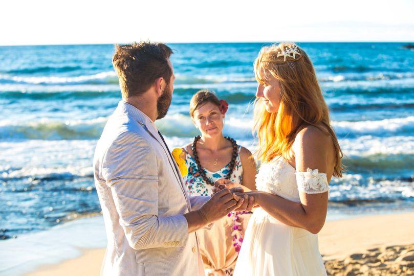 deanna kona wedding officiant 1 of 1 51 1015666 1563000419