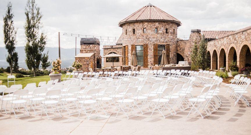 wedding ceremony on courtyard 2019 51 595666 158102389255211