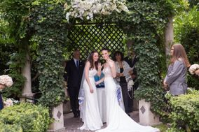 Sara Shonfeld - Rabbi & Interfaith Officiant