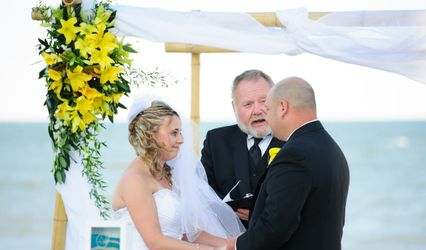 Delaware's Reverend James, Officiant