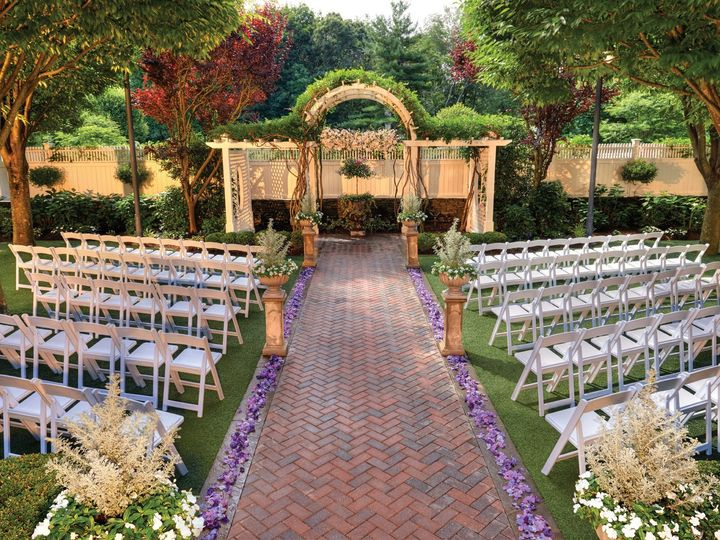 Tmx 1415822125604 Outdoorchapellwithpetals0 Smithtown, NY wedding venue