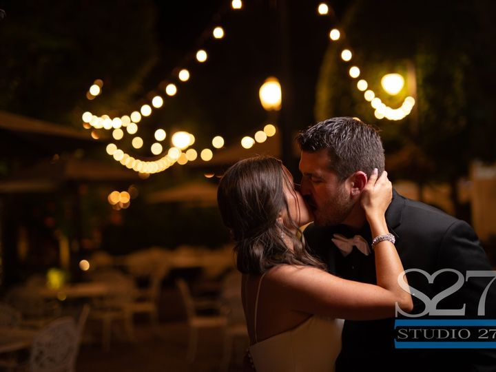 Tmx 61378162 2455018587851881 7149073437577707520 O 51 34766 1562678381 Smithtown, NY wedding venue