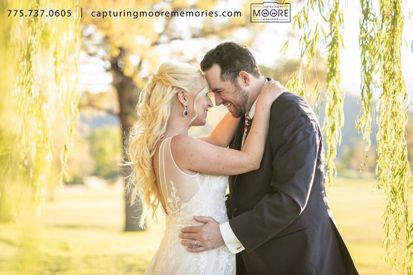 Bride & Groom by the Willows