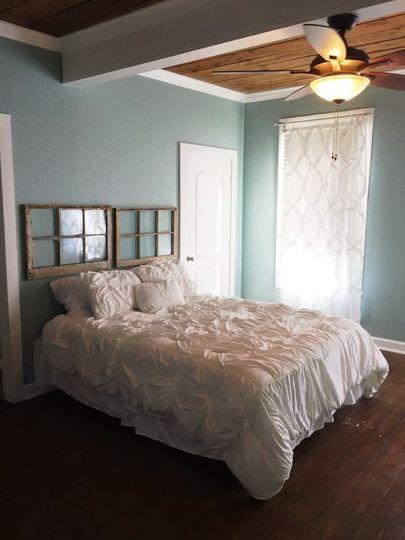 e7124d358266329d 1519057897 3a88174584961dfa 1519057896301 10 master bedroom