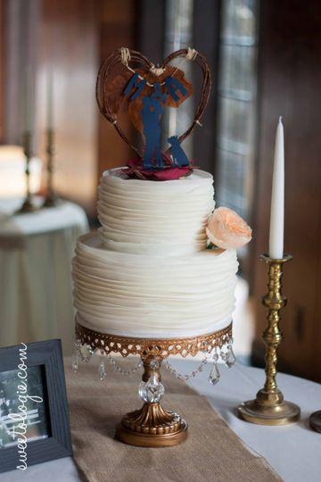sweetologie custom cake co wedding cake sacramento ca weddingwire. Black Bedroom Furniture Sets. Home Design Ideas