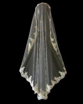Fingertip length Mantilla Veil with Re-embroidered Lace Edge.  By www.VeilArtistry.com.