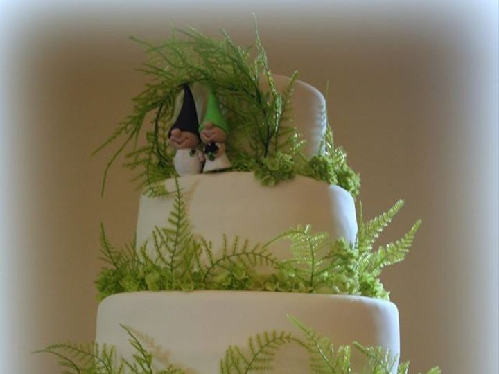 Tmx 1451261390216 Gnomes   Copy Wells wedding cake
