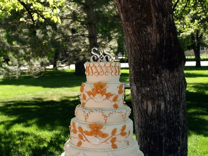 Tmx 1451261395726 Golden   Copy Wells wedding cake