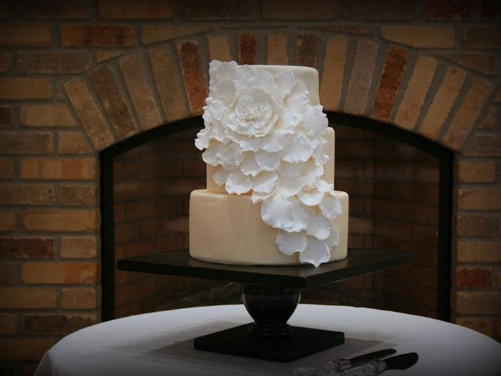 Tmx 1451261401168 Ivory Blossom   Copy Wells wedding cake