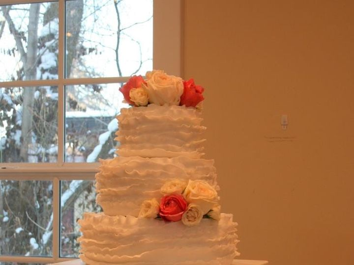 Tmx 1451261547113 Ruffles   Copy   Copy Wells wedding cake