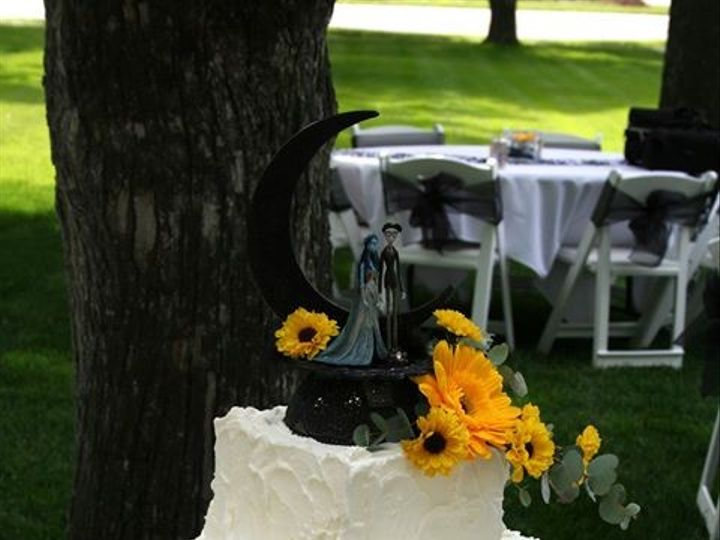 Tmx 1451261594006 Sunflowers 3   Copy   Copy Wells wedding cake