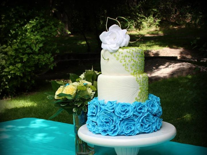 Tmx 1451261626037 Teal And Lime Green Ruffles   Copy   Copy Wells wedding cake