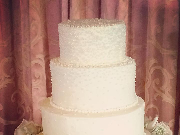 Tmx Colony 51 904866 Wells wedding cake