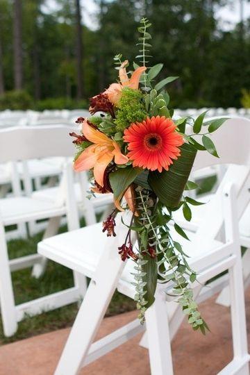 Aisle bouquet