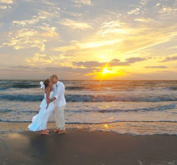 Tmx 1439592232396 L N Abfw L N Abfw 0230 565x525 Naples, FL wedding planner