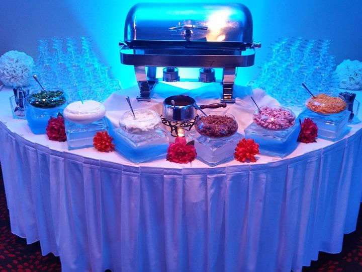 Tmx 1455725078893 Baked Potato Station053015 Pewaukee, WI wedding venue