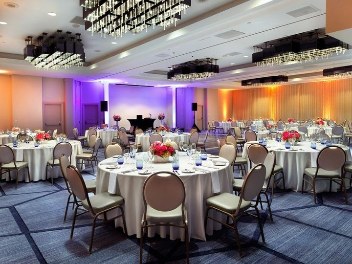 Tmx Beverly Ballroom Rounds Low Rez 51 26966 157548102489880 Los Angeles, CA wedding venue