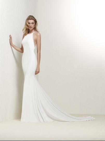 Haltered wedding dress