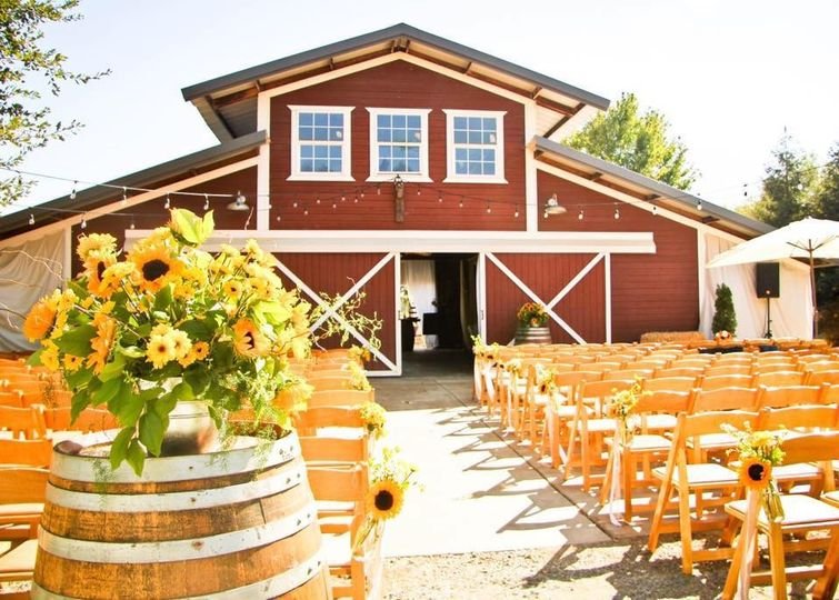 Red Barn Weddings