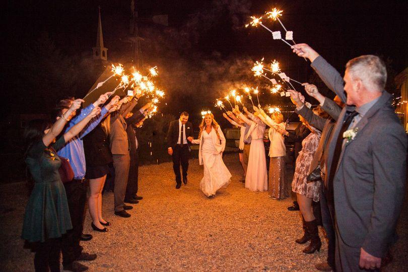 d5dc51d9922c551c 1421856328187 katelyn jake boise wedding sparkler send off 002