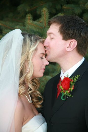 Allow us to create special images for you on your wedding day!