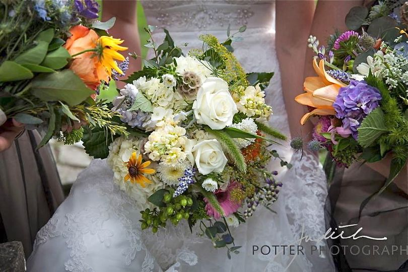 park square florist flowers woonsocket ri weddingwire. Black Bedroom Furniture Sets. Home Design Ideas