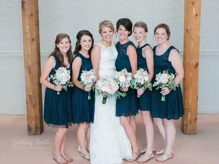 Tmx 1536781886 94837ab54fcc9918 1536781885 3a01166890b4231a 1536781884770 4 Dc2b6fe5cc8e57333e Iowa City, IA wedding beauty