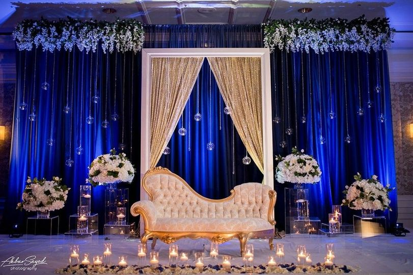 Modern Stage Decor