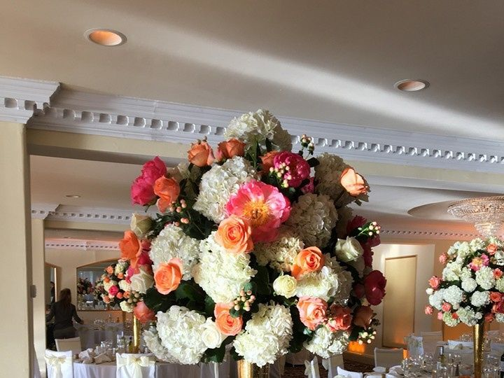 Tmx 1478270580908 1351656816869330549038851041777130406160920n Brookfield, CT wedding florist