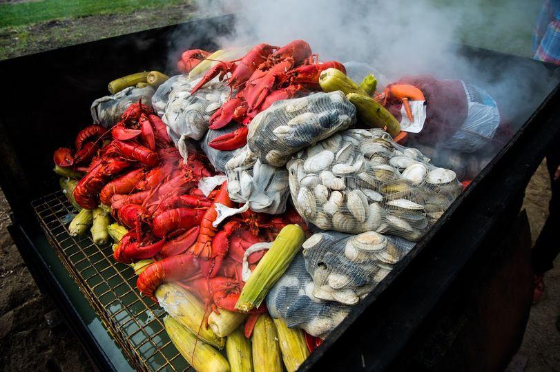 best jess and patrick dever lobster steamer first hill gardens frankandphoebe photo 51 11176 160848698577375