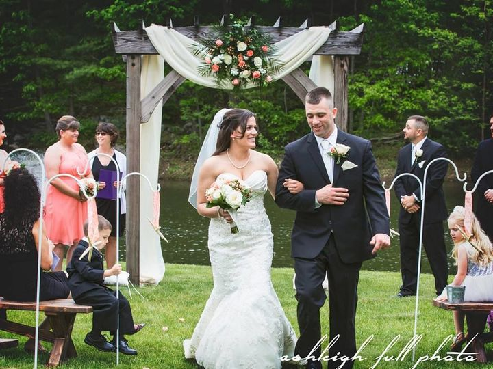 Tmx 1516763541 4c35aab13bf39228 1516763540 Cd5f5b8d92b738c4 1516763539202 1 Ashleigh Full Phot York Harbor, ME wedding catering