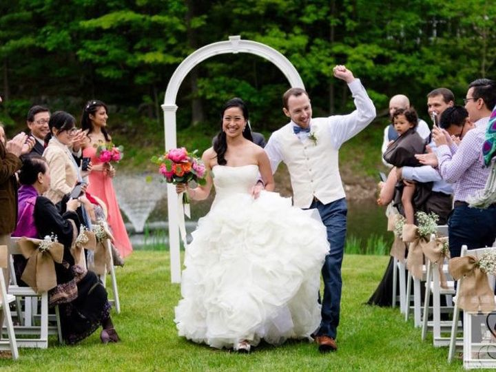 Tmx 1516763605 A53461dc1618a12b 1516763604 69d48df0d7b58569 1516763604344 3 Pond Wedding Bride York Harbor, ME wedding catering